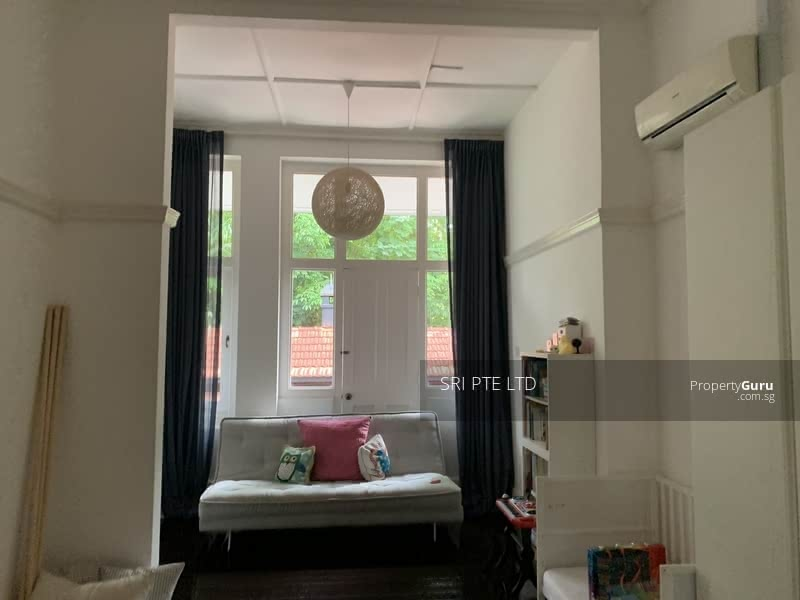 Gorgeous Black and White Colonial Bungalow at Mount Pleasant Road #129773265