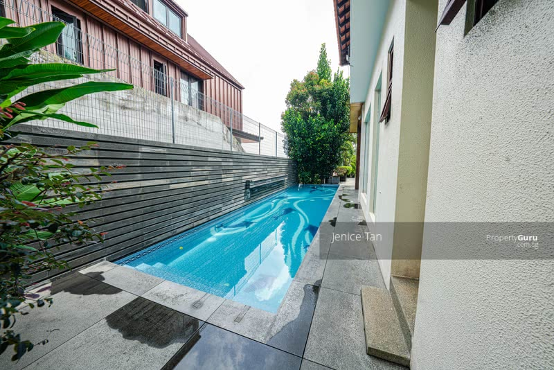 SIMPLY ATAS!! Luxe Villa Elevated View! Elegant, Luxurious Bungalow Nestled in Prime Braddell Hts #129782151