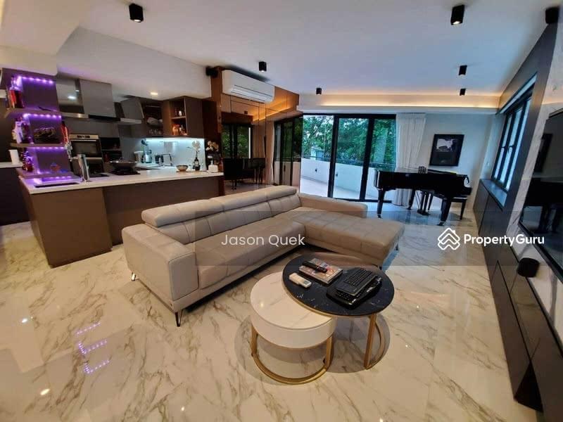 Jade Mansion #129795209