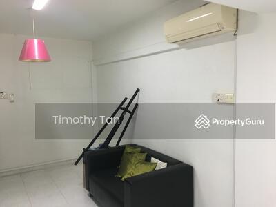 For Rent - 705 Ang Mo Kio Avenue 8
