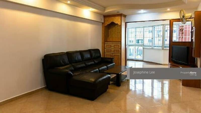 374 Hougang Street 31 #131384975