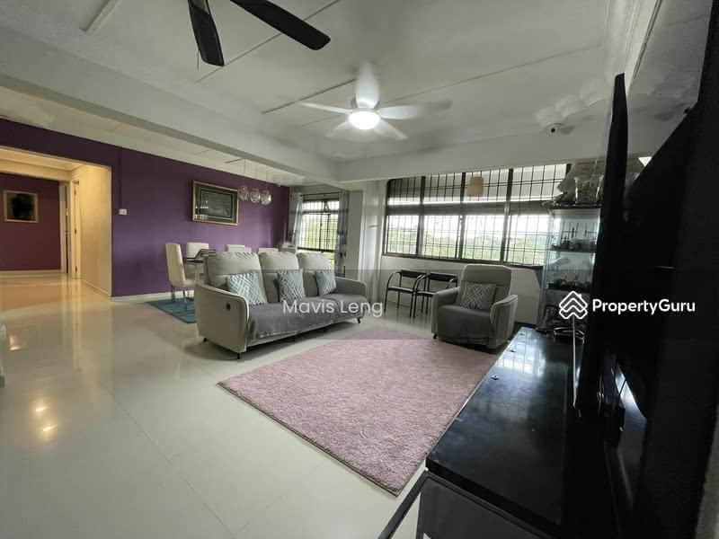 484D Choa Chu Kang Avenue 5 #129850285
