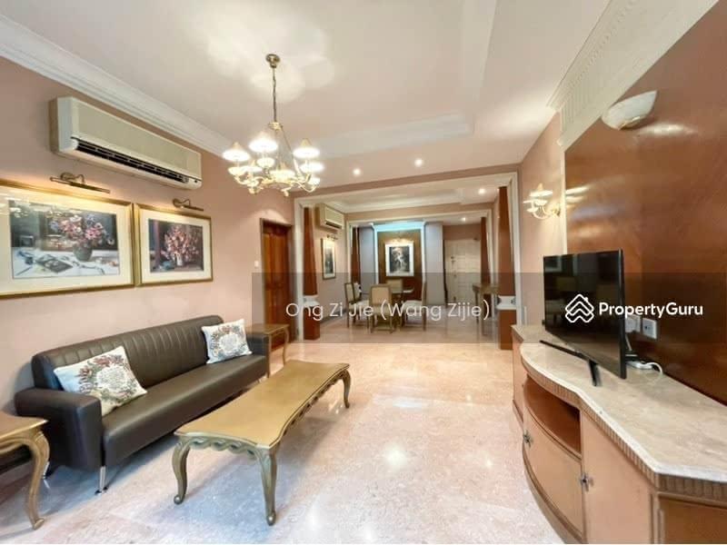 Changi Green #129855737
