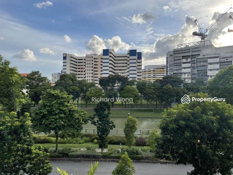 131 Potong Pasir Avenue 1 #129870733