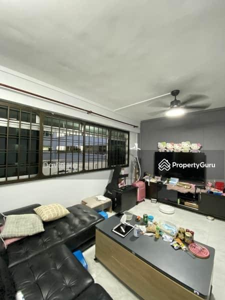 668D Jurong West Street 64 #129882175