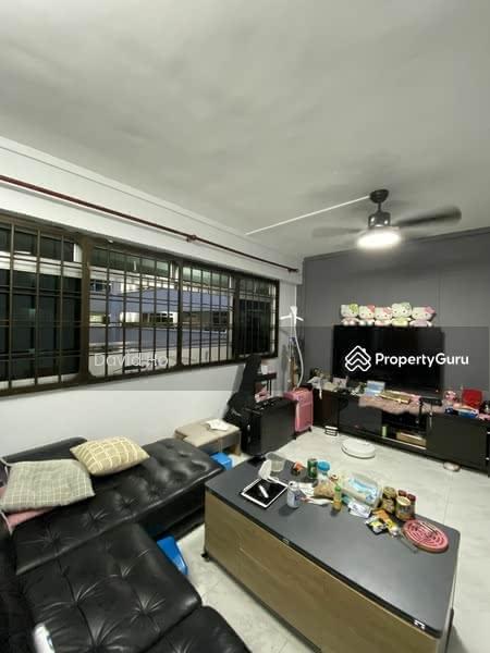 668D Jurong West Street 64 #129882179