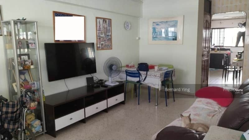 For Rent - 221 Tampines Street 24