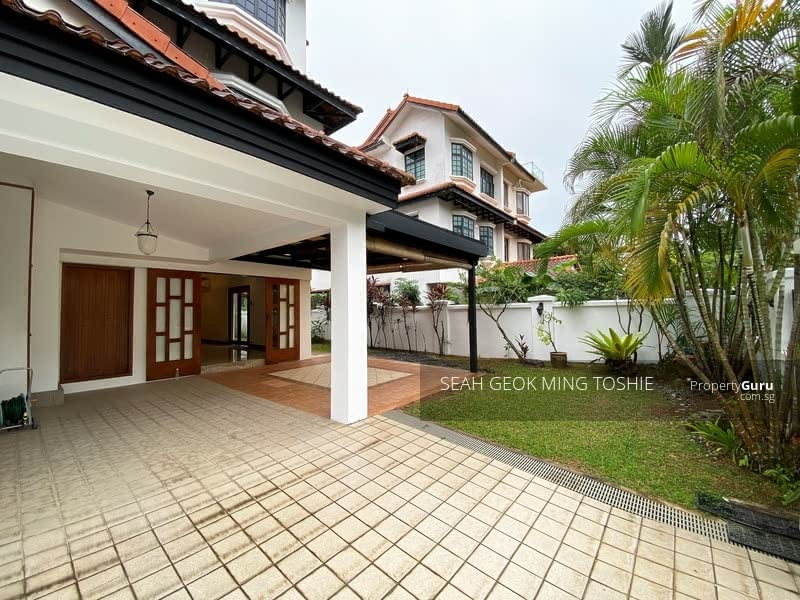 D10 Freehold 3-Storey Semi-Detached at Bukit Timah #129916229