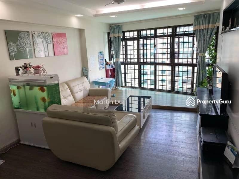 685B Jurong West Street 64 #129954263
