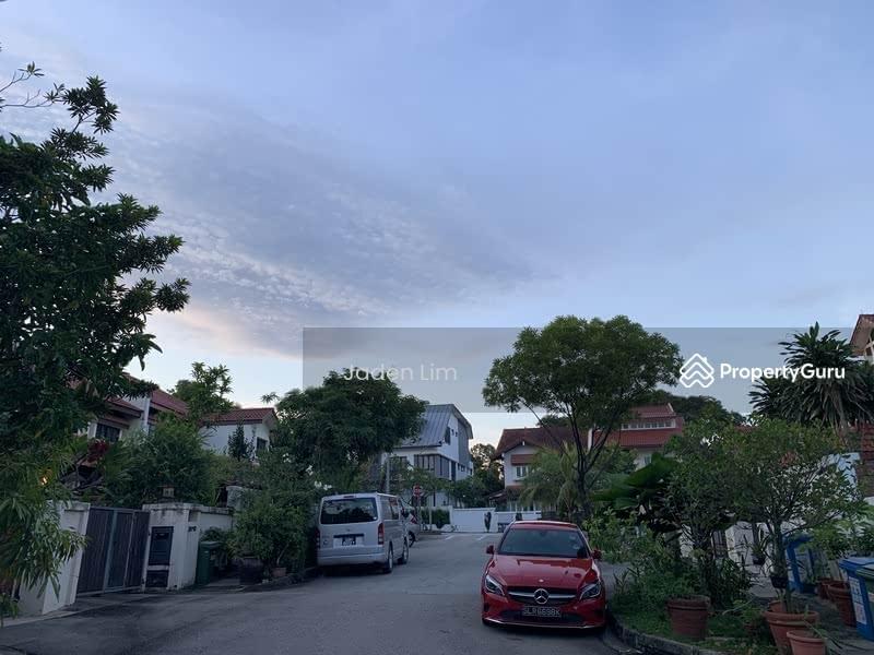 Seletar Hill #129955671