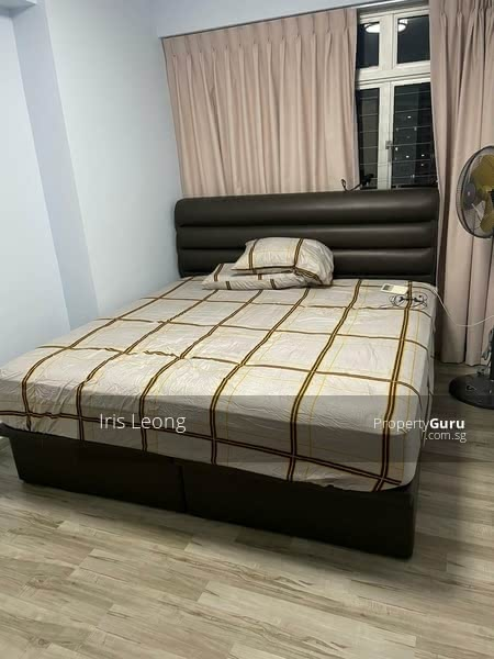Spacious room with new bed