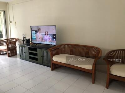 For Rent - 229 Tampines Street 23