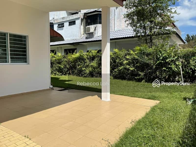 Pasir Ris Beach Park #129988419