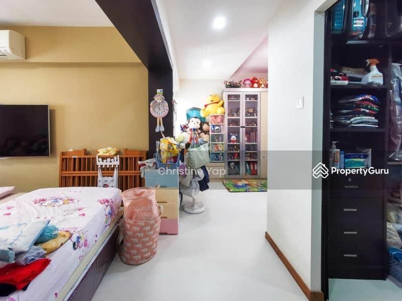 690D Choa Chu Kang Crescent #130025743