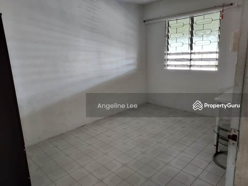 308 Hougang Avenue 5 #130089175