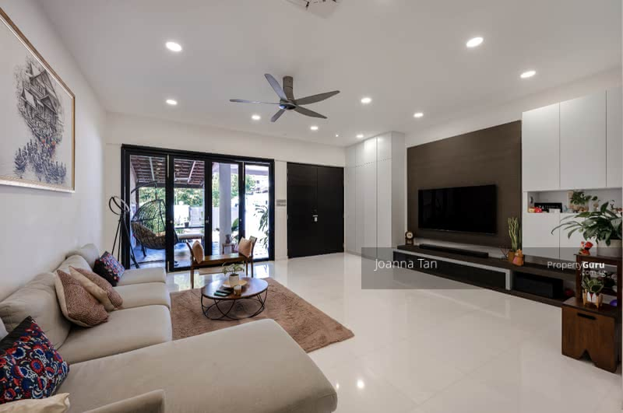 Eng kong place #130056339