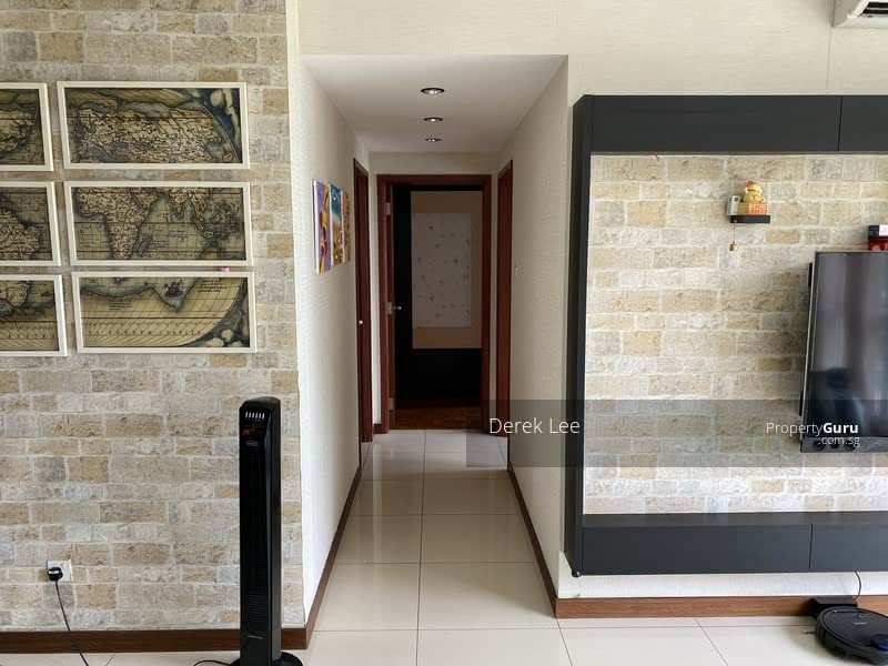 Tastefully renovated walkway. Rooms with privacy.