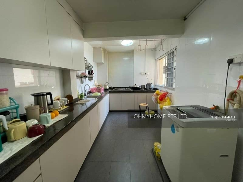 111 Jurong East Street 13 #130085327