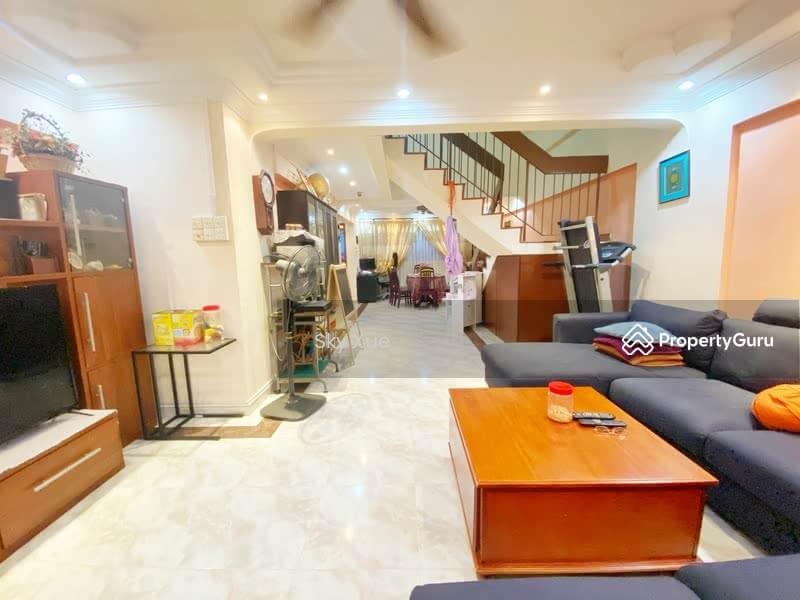 405 Jurong West Street 42 #131363805