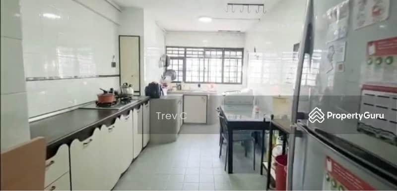 561 Ang Mo Kio Avenue 10 #130110381