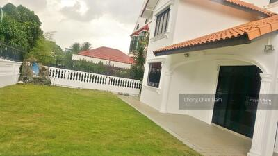 For Sale - WIDE FRONTAGE BUNGALOW** CLASSIC DESIGN. SUITS A & A, REBUILD, SUBDIVIDE. NEAR SIMEI CHANGI EXPO MRT