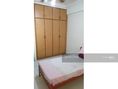 For Rent - 724 Tampines Street 71