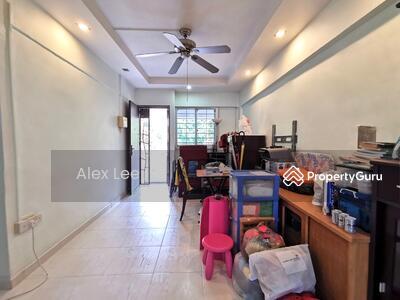 For Sale - 705 Yishun Avenue 5