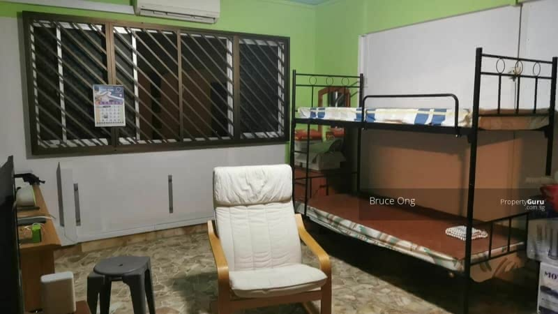 895A Tampines Street 81 #130280327