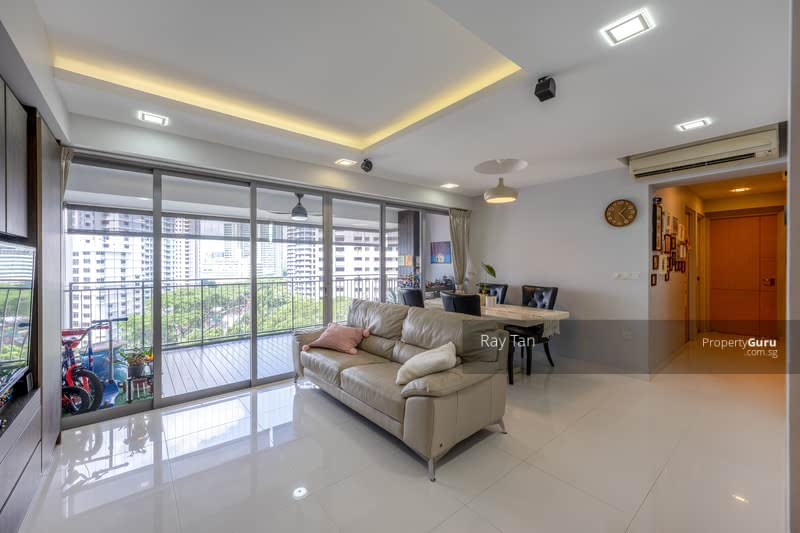 Wide frontage living and balcony
