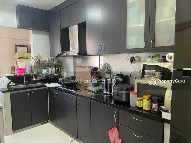 627 Jurong West Street 65 #130301139