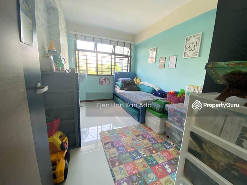 932A Hougang Avenue 9 #130317173