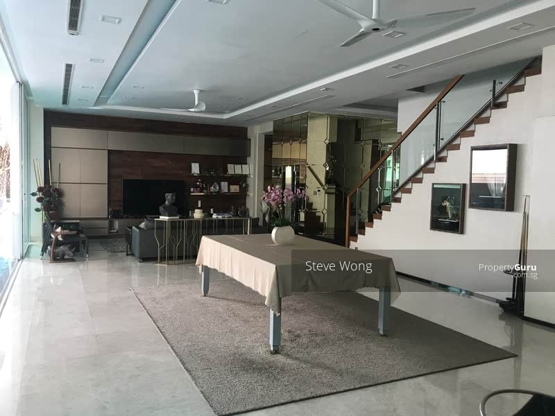Rare Semi-D for sale along Changi Road, wide frontage, Freehold, Have Lift #130321533
