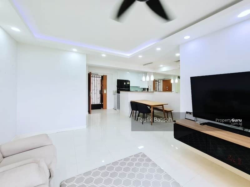 278A Compassvale Bow #130332503