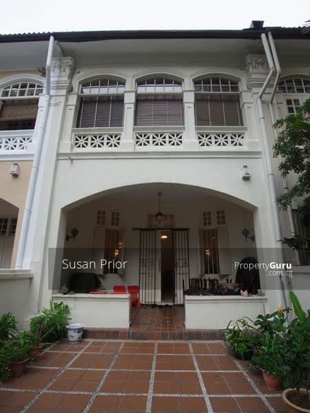 Cairnhill Road Stunning Conservation Heart of Singapore #130343091