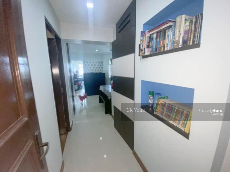 466B Sembawang Drive #130359491