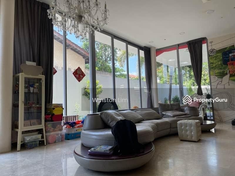 Upper Changi Road East #130368909