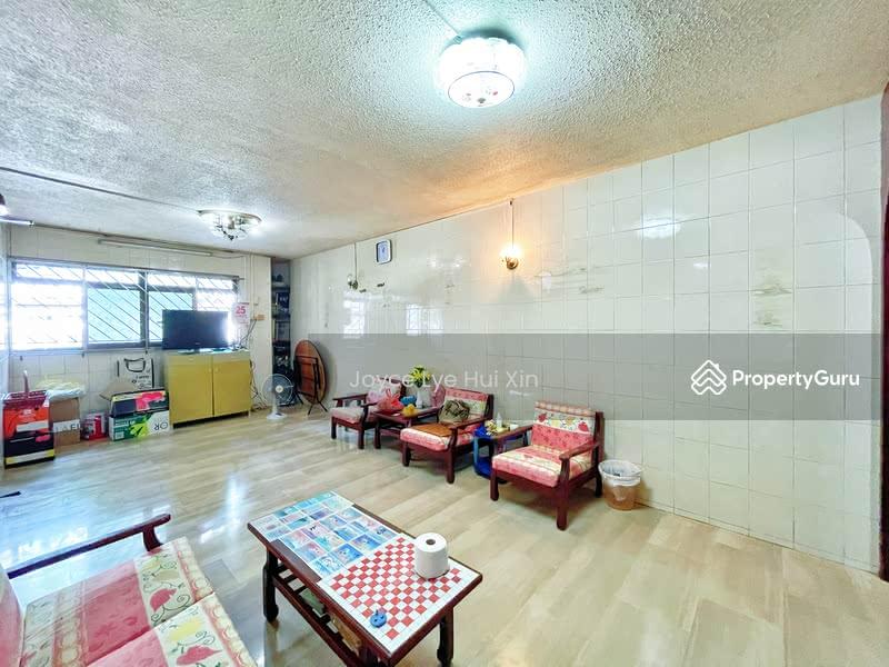701 Hougang Avenue 2 #130370859