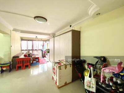 For Rent - 262B Compassvale Street
