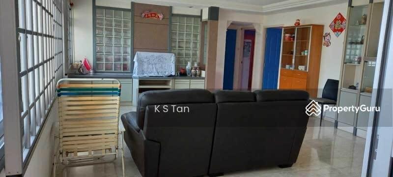 561 Pasir Ris Street 51 #130389001