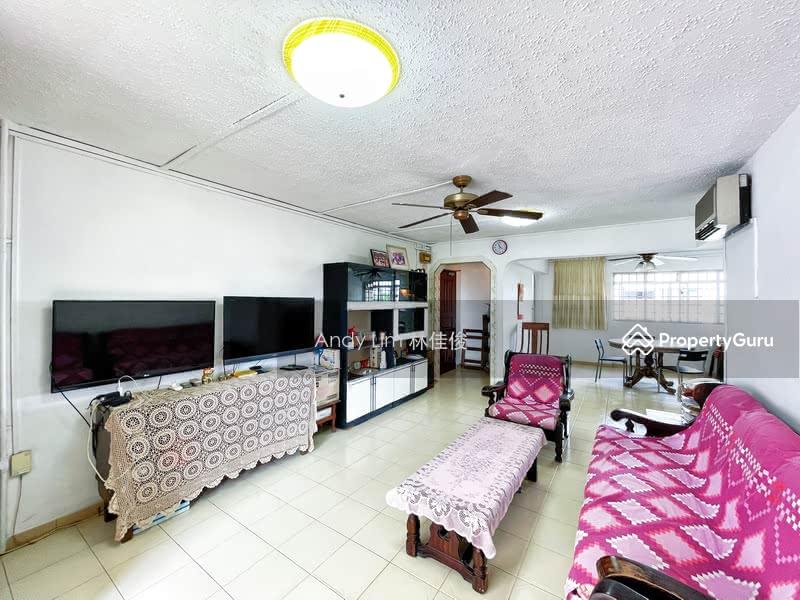 322 Jurong East Street 31 #130392633