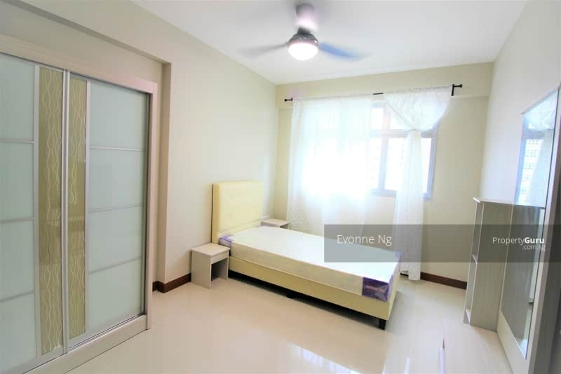 878A Tampines Avenue 8 #130397195