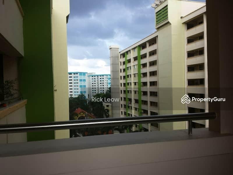 617 Hougang Avenue 8 #130401319