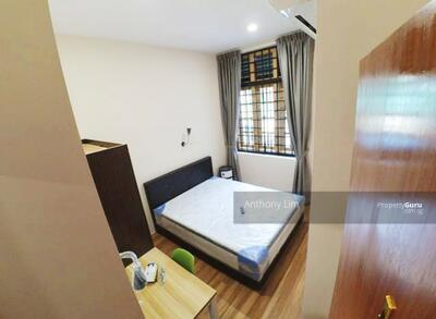 For Rent - 5 Rooms At Race Course Road 2nd Floor