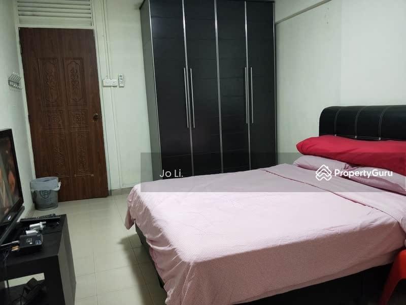 405 Jurong West Street 42 #130410317