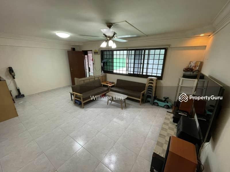 403 Hougang Avenue 10 #130425433