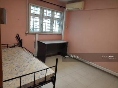 For Rent - Blk 8 Holland avenue