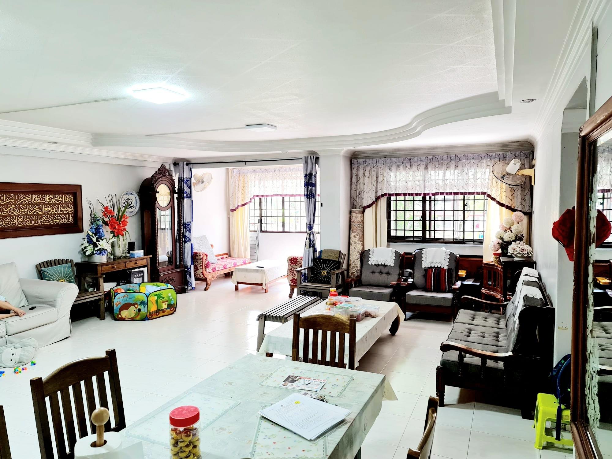 285A Toh Guan Road #130486599