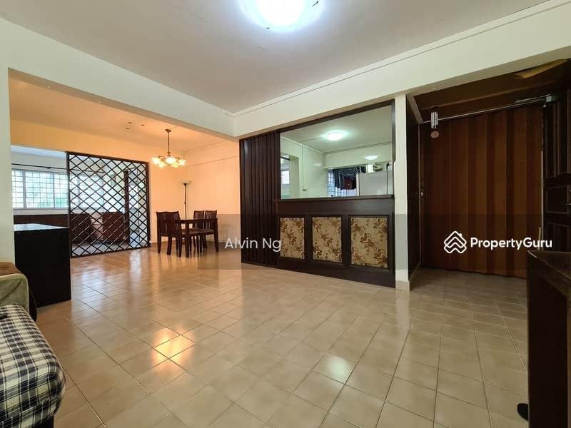 725 Ang Mo Kio Avenue 6 #130533111