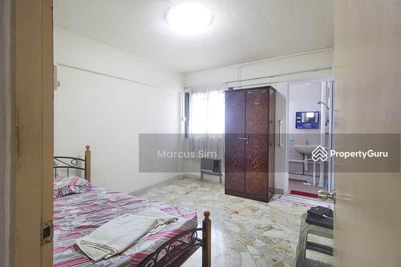 229 Jurong East Street 21 #130673035