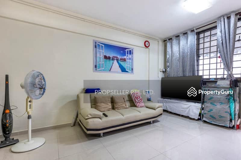 For Sale - 714 Yishun Street 71